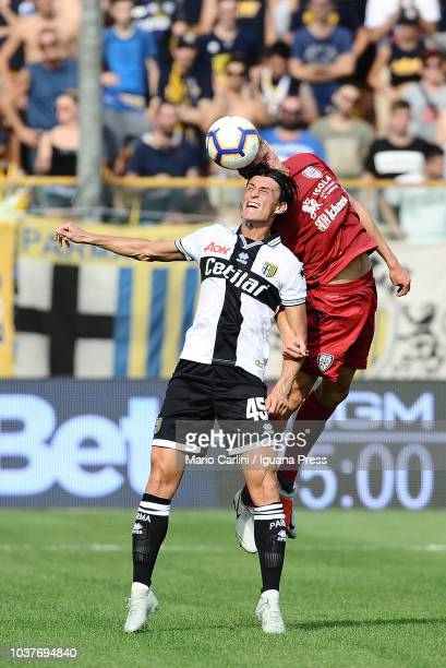 Roberto Inglese of Parma Calcio in action during the serie A match between Parma Calcio and Cagliari at Stadio Ennio Tardini on September 22 2018 in...