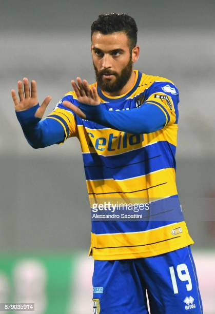 Roberto Insigne of Parma Calcio gestures during the Serie B match between Carpi FC and Parma Calcio at Stadio Sandro Cabassi on November 25 2017 in...