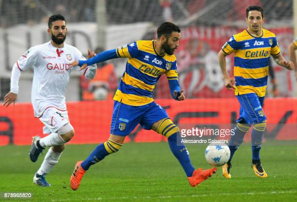 Roberto Insigne of Parma Calcio in action during the Serie B match between Carpi FC and Parma Calcio at Stadio Sandro Cabassi on November 25 2017 in...