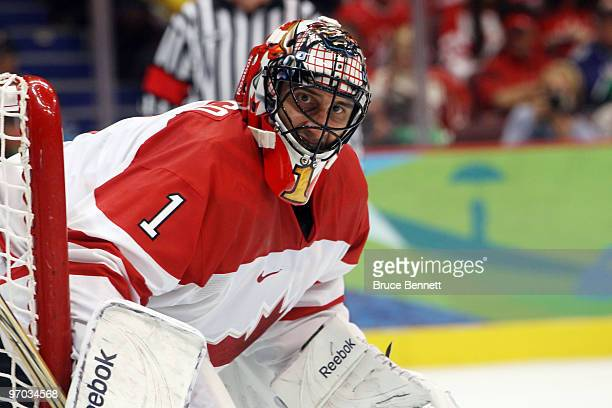 Roberto Luongo is seen during the ice hockey men's quarter final game between Russia and Canada on day 13 of the Vancouver 2010 Winter Olympics at...