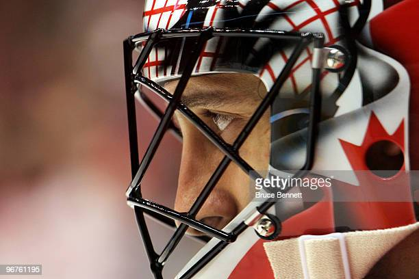Roberto Luongo of Canada looks on against Norway during the ice hockey men's preliminary game on day 5 of the Vancouver 2010 Winter Olympics at...