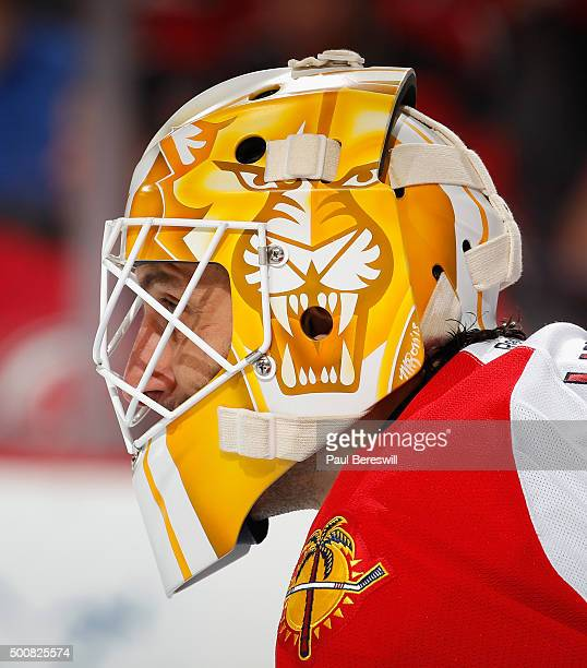 Roberto Luongo of the Florida Panthers waits for a faceoff during an NHL hockey game against the New Jersey Devils at Prudential Center on December 6...