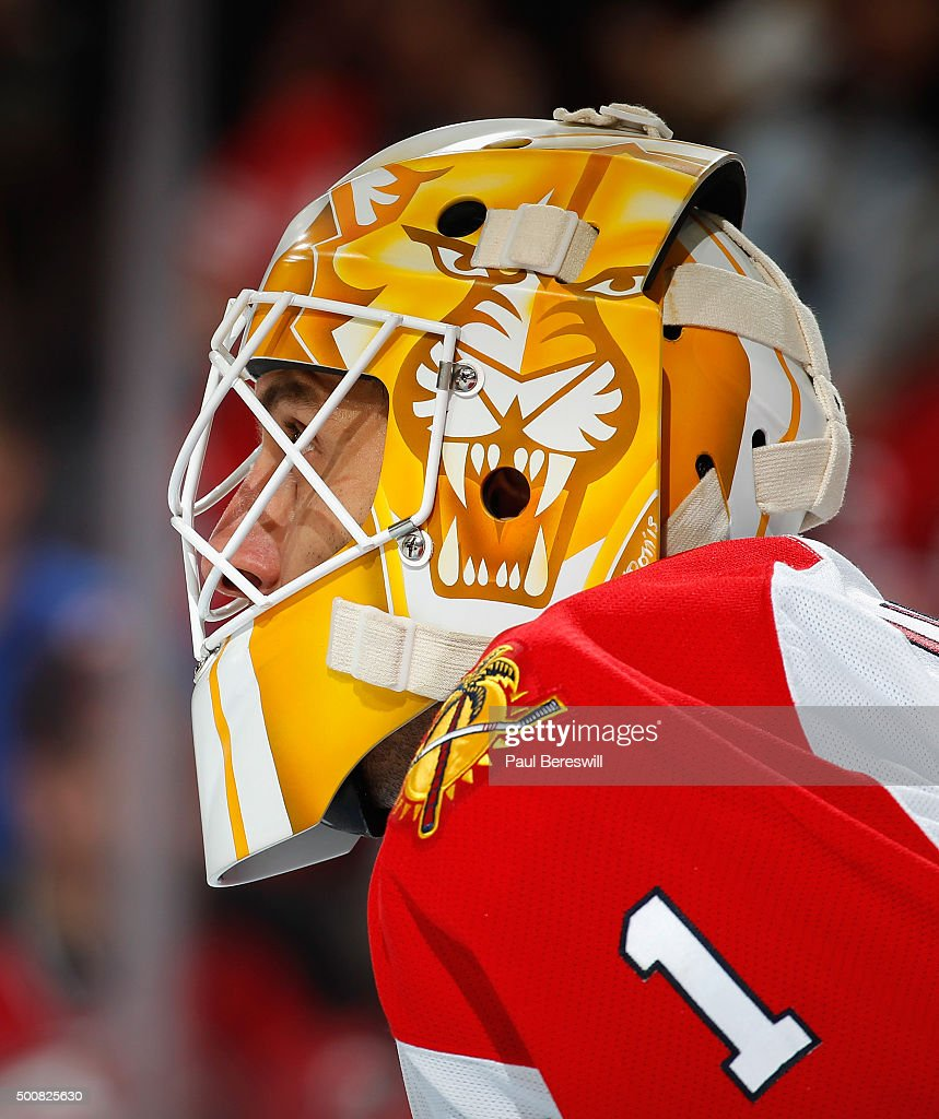 Roberto Luongo #1 of the Florida Panthers waits for a faceoff during an NHL hockey game against the New Jersey Devils at Prudential Center on December 6, 2015 in Newark, New Jersey.