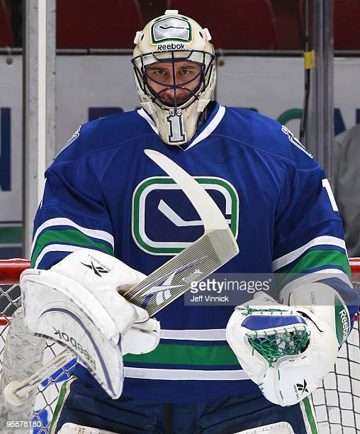 Roberto Luongo of the Vancouver Canucks looks on from his crease during their game against the Anaheim Ducks at General Motors Place on December 16,...