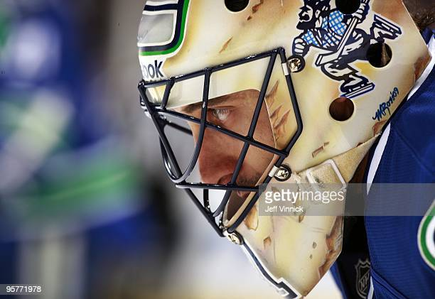 Roberto Luongo of the Vancouver Canucks looks on from is crease during their game against the Nashville Predators at General Motors Place on January...