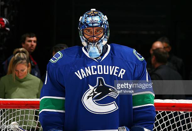 Roberto Luongo of the Vancouver Canucks stands in his crease during their game against the Los Angeles King at General Motors Place October 19, 2007...