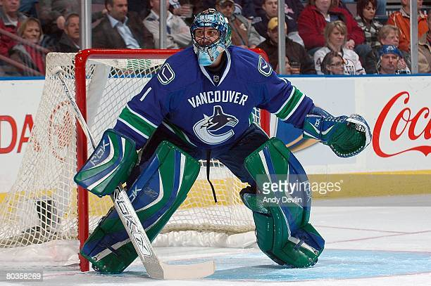 Roberto Luongo of the Vancouver Canucks watches the puck against the Edmonton Oilers at Rexall Place on March 20 2008 in Edmonton Alberta Canada