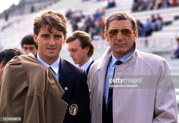 Roberto Mancini and Luigi Riva of Italy before the macth between Yugoslavia and Italy in Spalato 3-03-1988 , Yugoslavia.