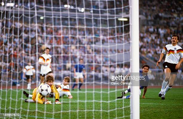 Roberto Mancini of Italy scores the opening goal of the match during the UEFA European Championships 1988 Group 1 match between West Germany and...