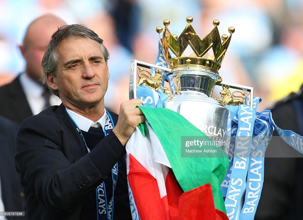 Soccer : Barclays Premier League - Manchester City v Queens Park Rangers : News Photo