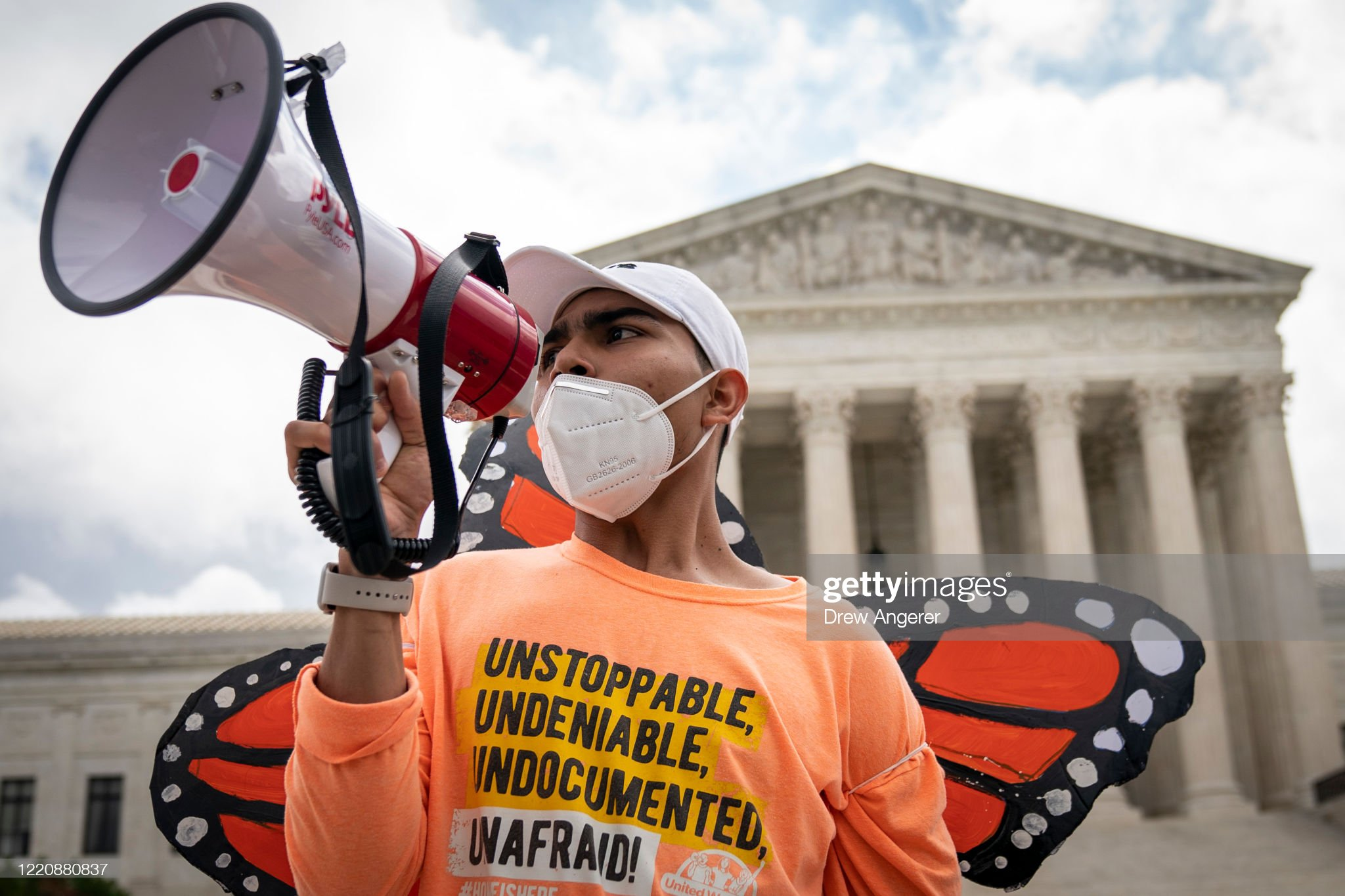 Supreme Court Rules President Trump Can Not End The Deferred Action For Childhood Arrivals (DACA) Program : News Photo