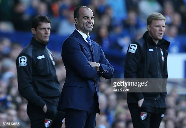 Roberto Martinez Manager of Everton looks on during the Barclays Premier League match between Everton and AFC Bournemouth at Goodison Park on April...