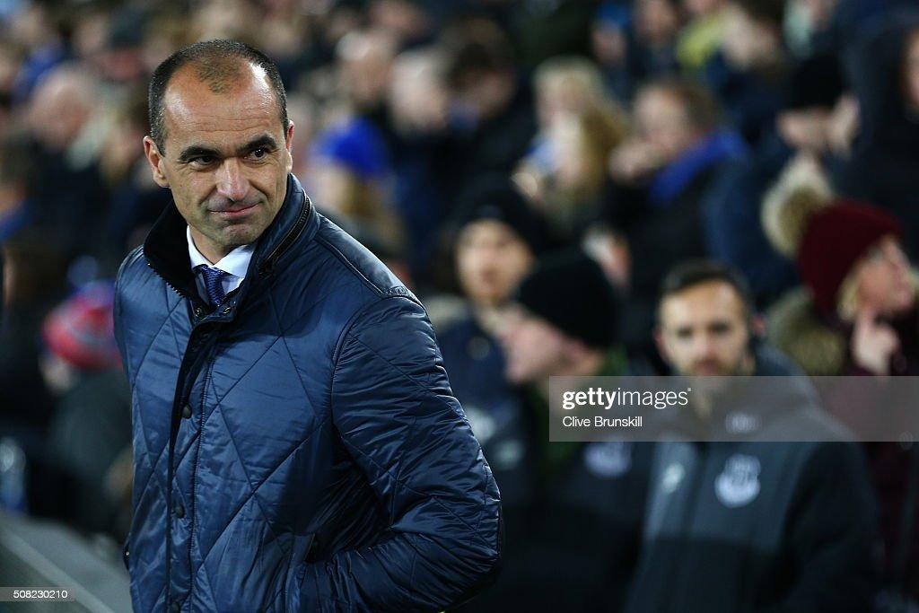 Everton v Newcastle United - Premier League : News Photo