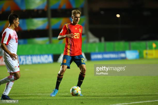 Roberto Navarro of Spain controls the ball during the FIFA U17 World Cup Brazil 2019 group E match between Spain and Tajikistan at Estadio Kleber...