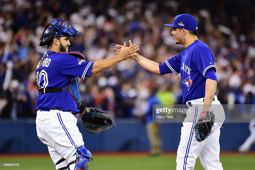 League Championship - Kansas City Royals v Toronto Blue Jays - Game Five : News Photo