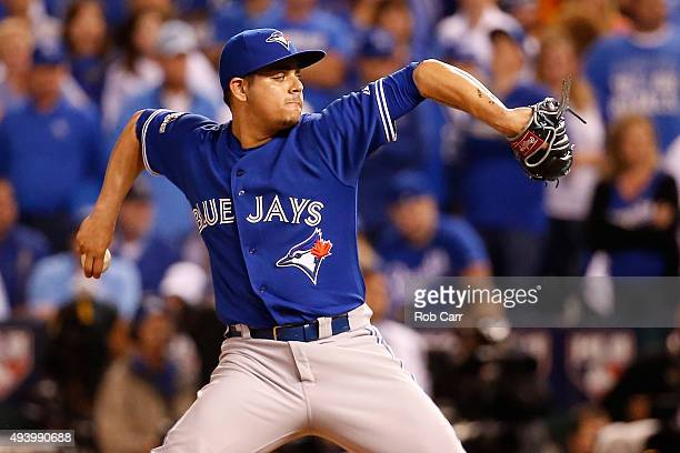 Roberto Osuna of the Toronto Blue Jays pitches in the eighth inning against the Kansas City Royals in game six of the 2015 MLB American League...