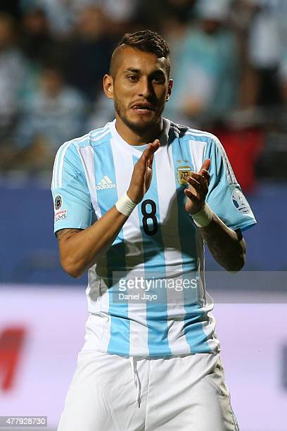 Roberto Pereyra of Argentina clap hands during the 2015 Copa America Chile Group B match between Argentina and Jamaica at Sausalito Stadium on June...