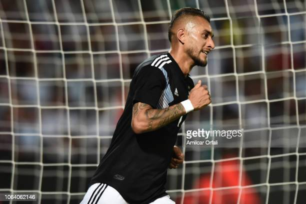 Roberto Pereyra of Argentina looks on during a friendly match between Argentina and Mexico at Malvinas Argentinas Stadium on November 20 2018 in...