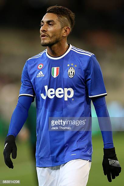 Roberto Pereyra of Juventus during the 2016 International Champions Cup match between Juventus FC and Tottenham Hotspur at Melbourne Cricket Ground...