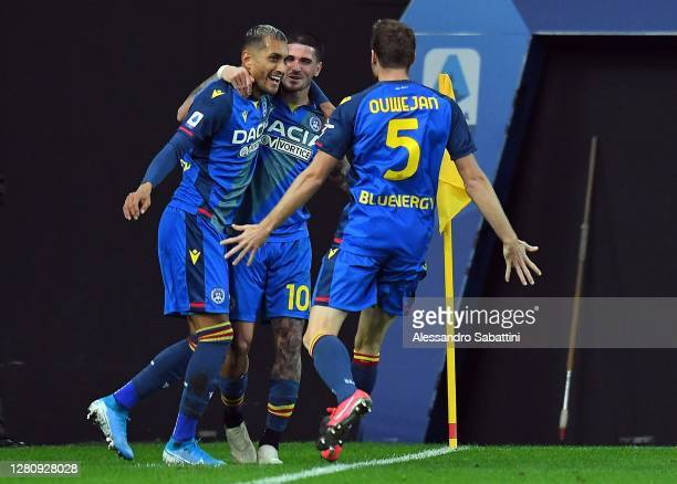 Roberto Pereyra of Udinese Calcio celebrates after scoring his team second goal during the Serie A match between Udinese Calcio and Parma Calcio at...