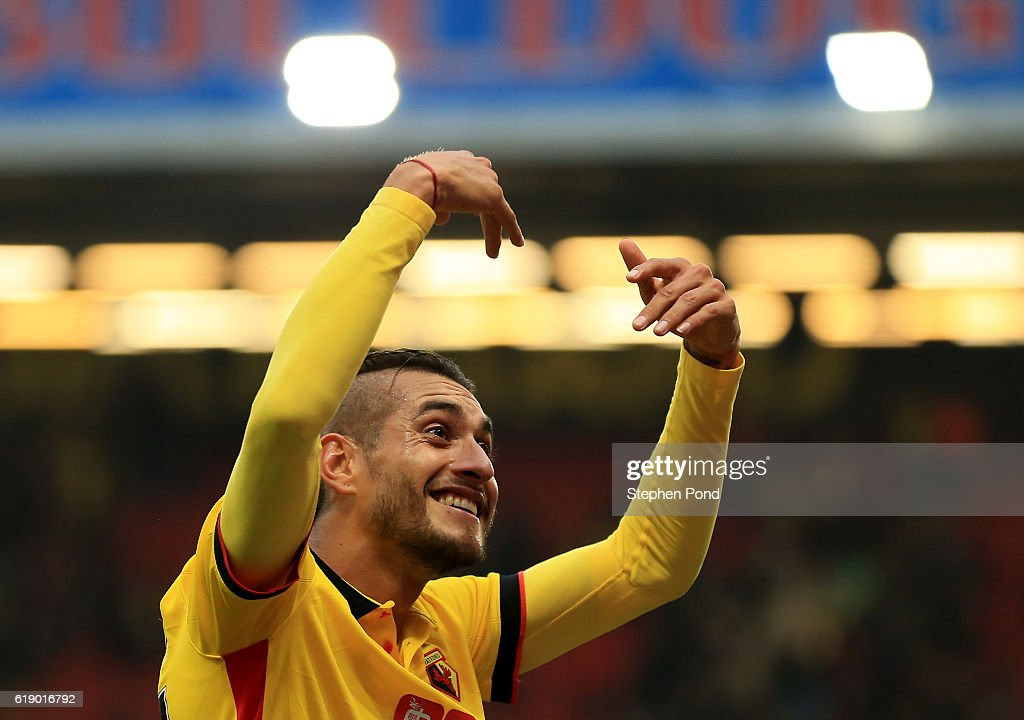 Roberto Pereyra of Watford celebrates his team's 1-0 win after the Premier League match between Watford and Hull City at Vicarage Road on October 29, 2016 in Watford, England.