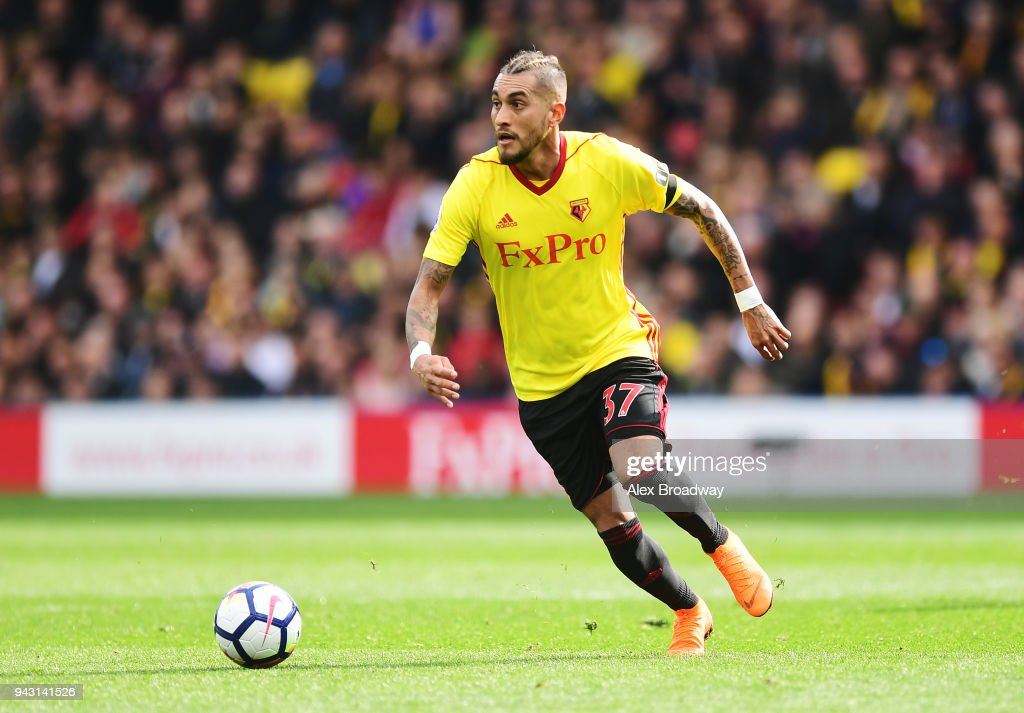 Roberto Pereyra of Watford in action during the Premier League match between Watford and Burnley at Vicarage Road on April 7, 2018 in Watford, England.