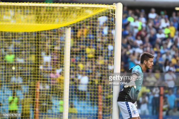 Roberto Ramirez goalkeeper of Godoy Cruz gestures during a match between Boca Juniors and Godoy Cruz as part of Superliga 2018/19 at Estadio Alberto...