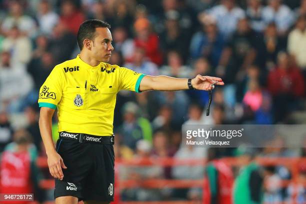 Roberto Rios Central Referee in action during the 15th round match between Pachuca and Santos Laguna as part of the Torneo Clausura 2018 Liga MX at...