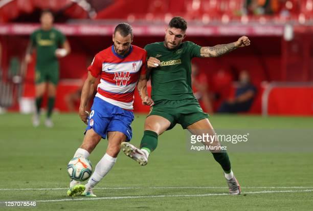 Roberto Soldado of Granada scores his sides first goal during the Liga match between Granada CF and Athletic Club at Nuevo Los Carmenes stadium on...
