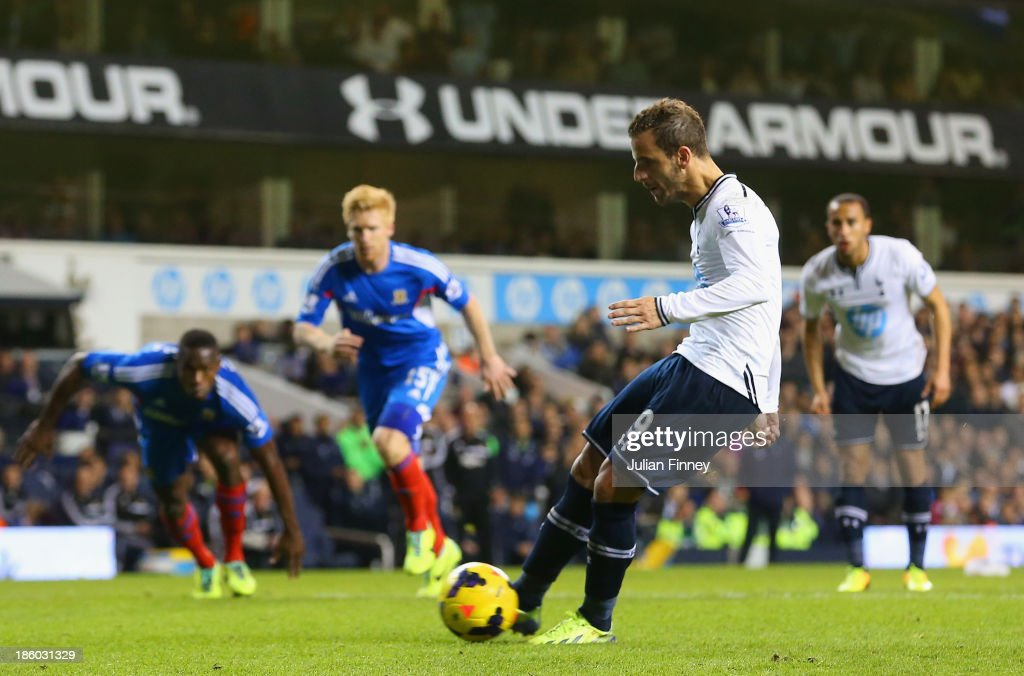 Roberto Soldado of Spurs scores their first goal from the penalty spot during the Barclays Premier League match between Tottenham Hotspur and Hull City at White Hart Lane on October 27, 2013 in London, England.
