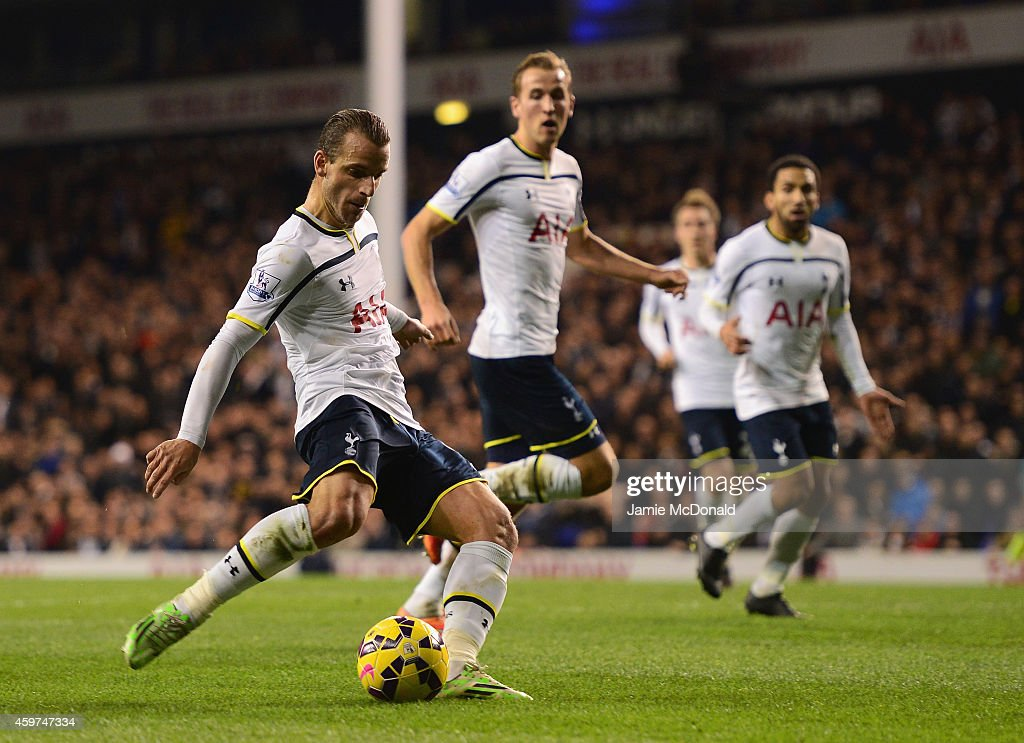 Roberto Soldado of Spurs scores their second goal during the Barclays Premier League match between Tottenham Hotspur and Everton at White Hart Lane on November 30, 2014 in London, England.
