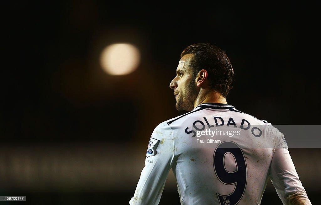 Tottenham Hotspur v Stoke City - Premier League : Foto jornalística