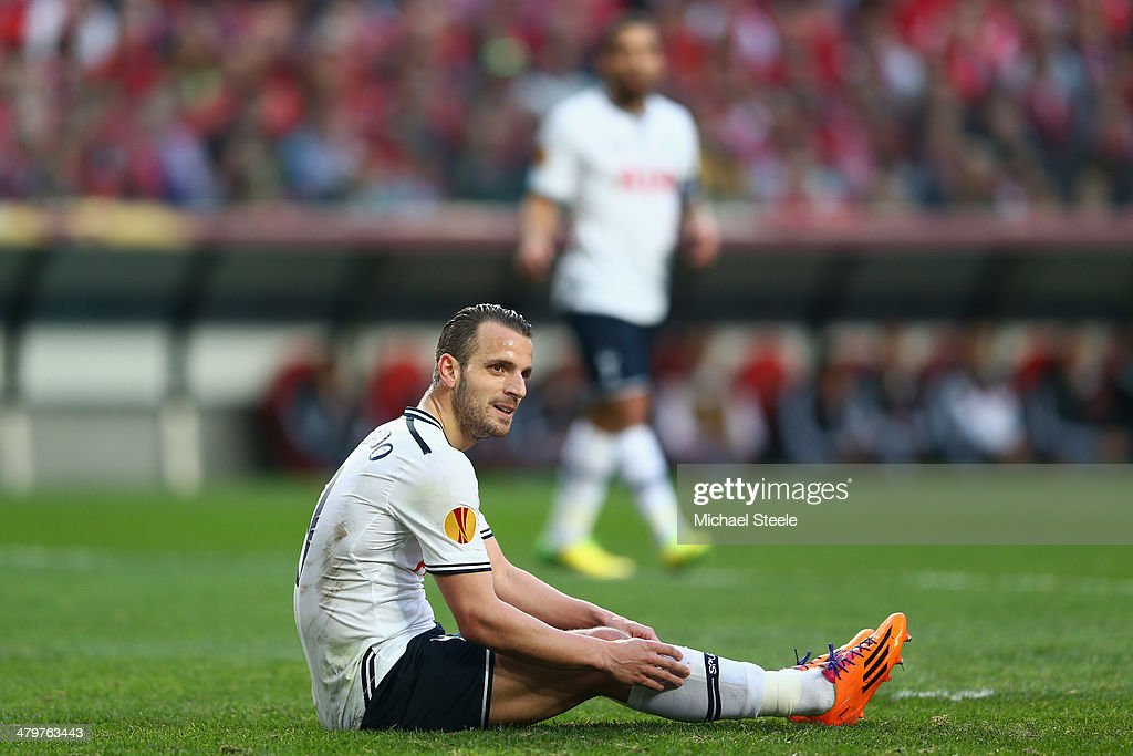SL Benfica v Tottenham Hotspur FC - UEFA Europa League Round of 16 : News Photo