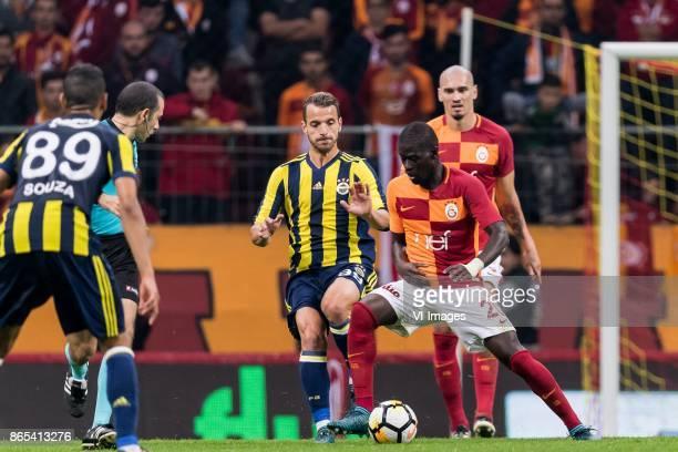 Roberto Soldado Rillo of Fenerbahce SK Papa Alioune N'Diaye of Galatasaray SK during the Turkish Spor Toto Super Lig football match between...