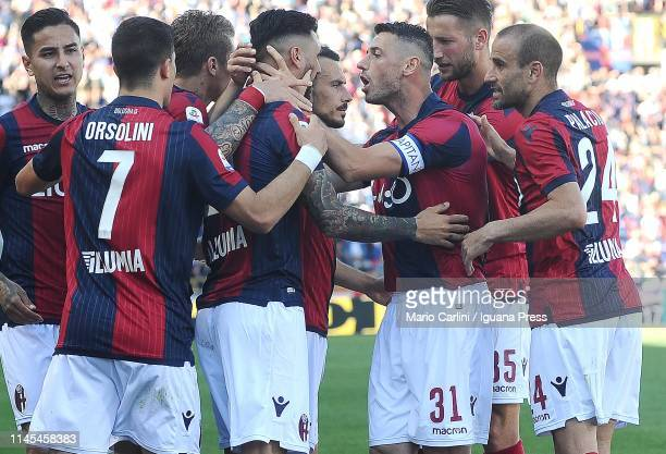 Roberto Soriano of Bologna FC celebrates after scoring a goal during the Serie A match between Bologna FC and Empoli at Stadio Renato Dall'Ara on...