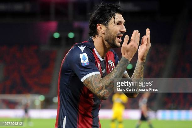 Roberto Soriano of Bologna FC celebrates afterscoring his team's and his second goal during the Serie A match between Bologna FC and Parma Calcio at...