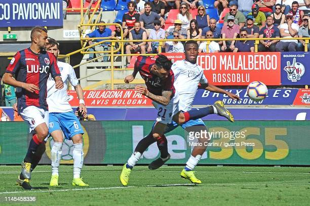 Roberto Soriano of Bologna FC scores a goalduring the Serie A match between Bologna FC and Empoli at Stadio Renato Dall'Ara on April 27 2019 in...