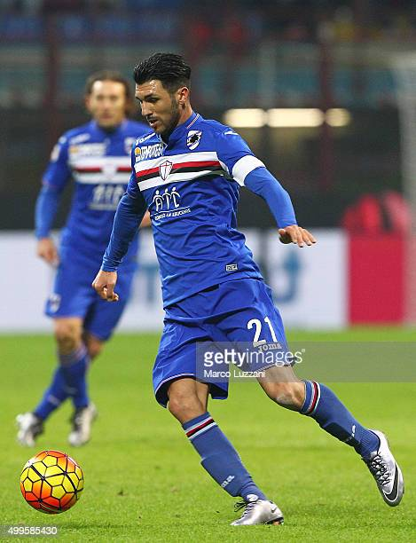 Roberto Soriano of UC Sampdoria in action during the Serie A match between AC Milan and UC Sampdoria at Stadio Giuseppe Meazza on November 28 2015 in...
