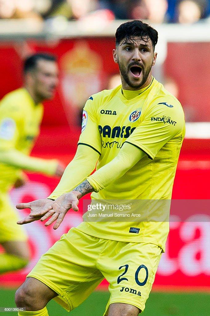 Real Sporting de Gijon v Villarreal CF - La Liga
