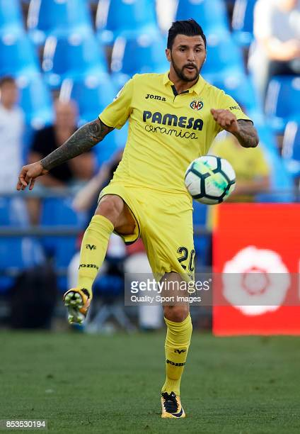 Roberto Soriano of Villarreal in action during the La Liga match between Getafe and Villarreal at Coliseum Alfonso Perez on September 24 2017 in...