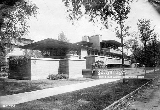 Robie house exterior from the southwest Chicago Illinois ca 1910