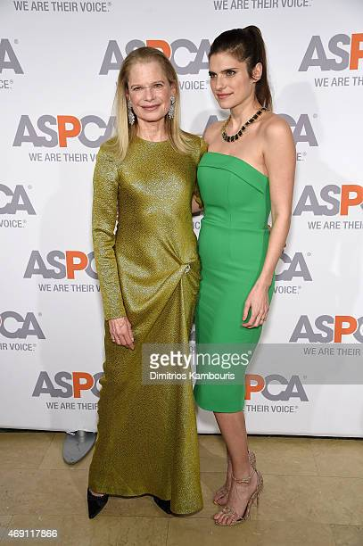 Robin Bell and actress Lake Bell attend ASPCA'S 18th Annual Bergh Ball honoring Edie Falco and Hilary Swank at The Plaza Hotel on April 9 2015 in New...