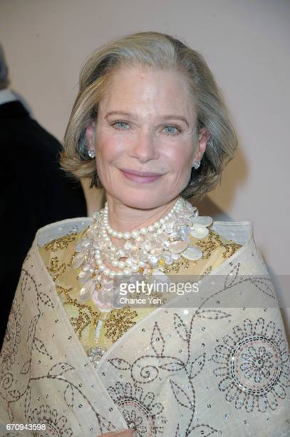 Robin Bell attends 20th Annual ASPCA Bergh Ball at The Plaza Hotel on April 20 2017 in New York City