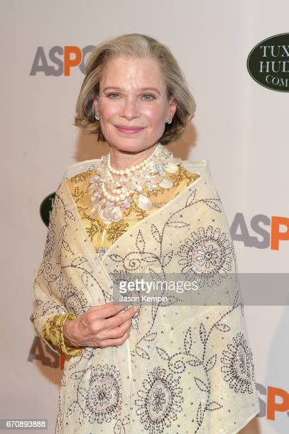 Robin Bell attends the ASPCA hosted 20th Annual Bergh Ball at The Plaza Hotel on April 20 2017 in New York City