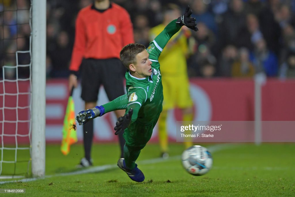 Robin Brueseke Of Verl Saves A Penalty During The Dfb Cup Second News Photo Getty Images
