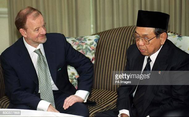 Robin Cook with Indonesian President Abdurrahman Wahid after he arrived in London for a visit expected to centre on trade and aid President Wahid...