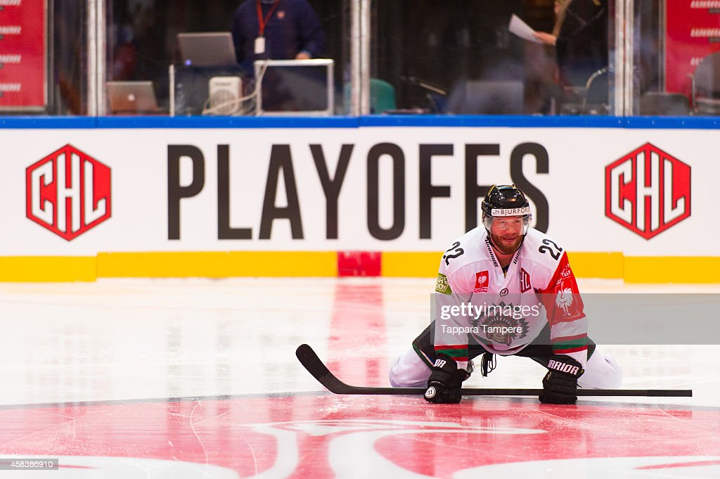 Robin Figren of Frolunda Gothenburg during warmups prior to the Champions Hockey League round of 16 first leg game between Tappara Tampere and Frolunda Gothenburg at Hakametsa on November 4, 2014 in Tampere, Finland.