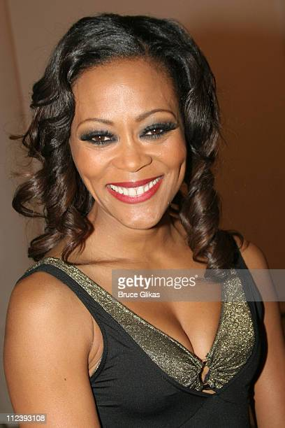 Robin Givens Nude Photos 67