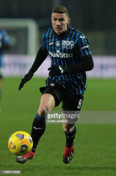Robin Gosens of Atalanta BC in action during the Coppa Italia match between Atalanta BC and Cagliari Calcio at Gewiss Stadium on January 14, 2021 in...