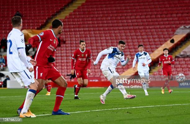 Robin Gosens of Atalanta B.C. Scores their team's second goal during the UEFA Champions League Group D stage match between Liverpool FC and Atalanta...